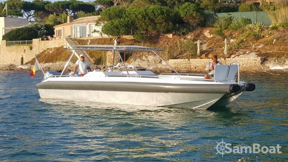 Huur Motorboot met of zonder schipper Ivela in Grimaud