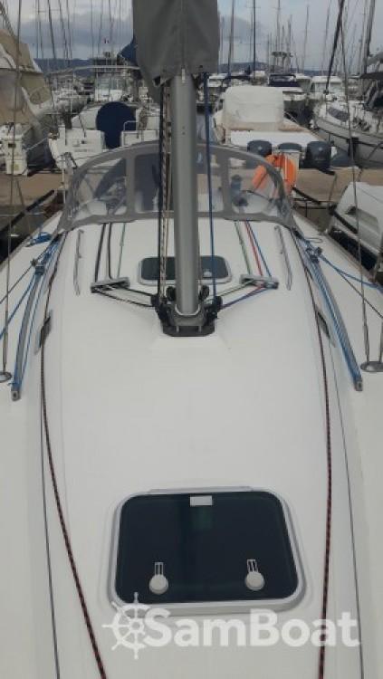 Zeilboot te huur in Cavalaire-sur-Mer voor de beste prijs