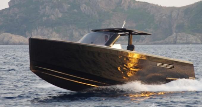 Huur Motorboot met of zonder schipper Fjord in Cogolin