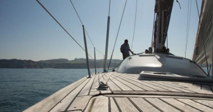 Huur Zeilboot met of zonder schipper Bénéteau in Donostia/San Sebastián