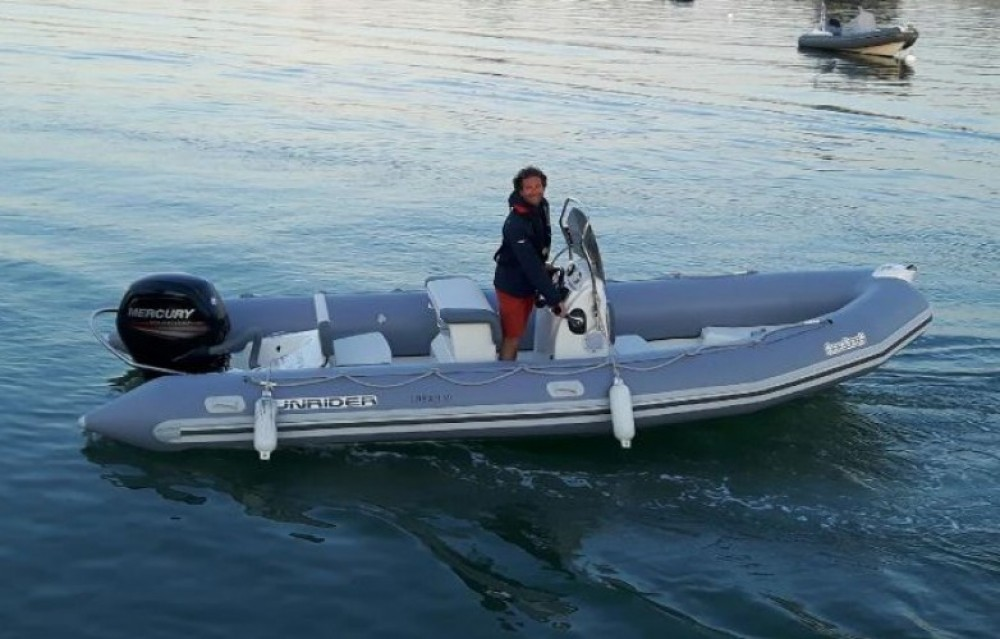 Huur een Bombard Sunrider 650 in La Flotte