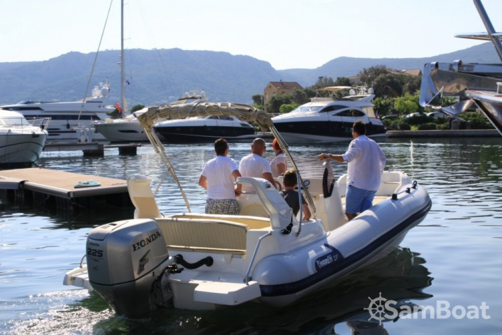 Bootverhuur Marlin Marlin Boat 274 in  via SamBoat