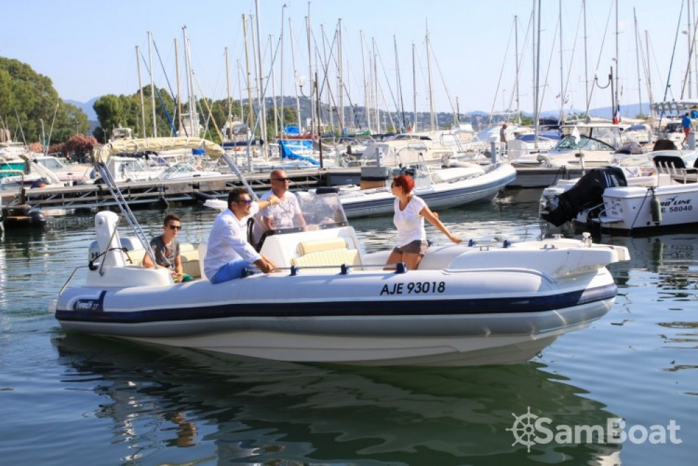 Jachthuur in  - Marlin Marlin Boat 274 via SamBoat