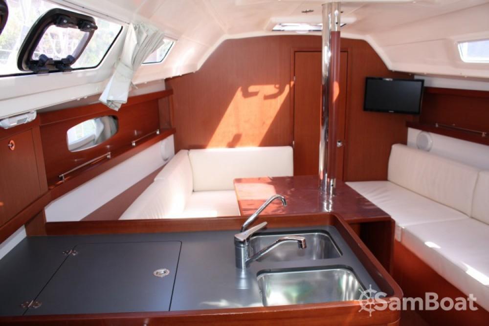 Verhuur Zeilboot in Grimaud - Bénéteau Oceanis 31