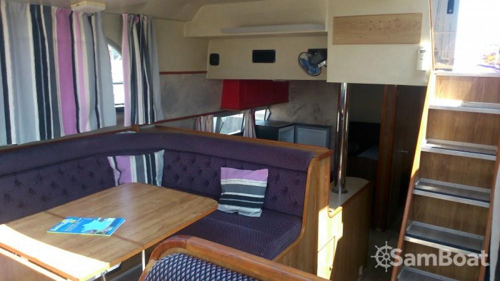 Huur een Crown-Cruiser Nautilia in Sète
