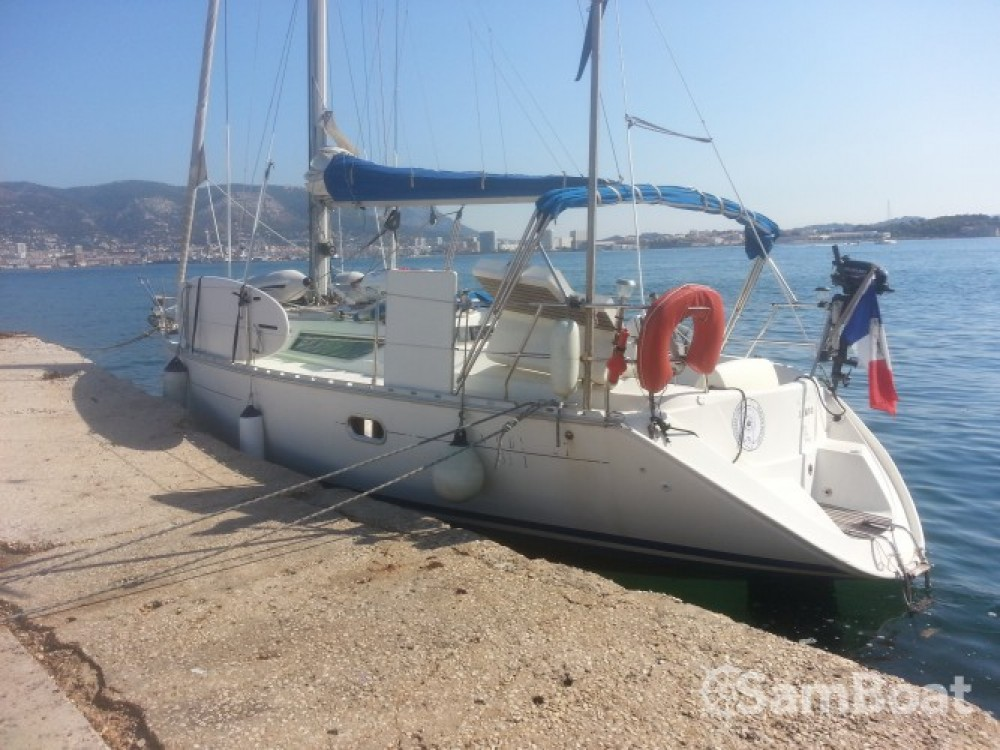 Jeanneau Sun Odyssey te huur van particulier of professional in Toulon