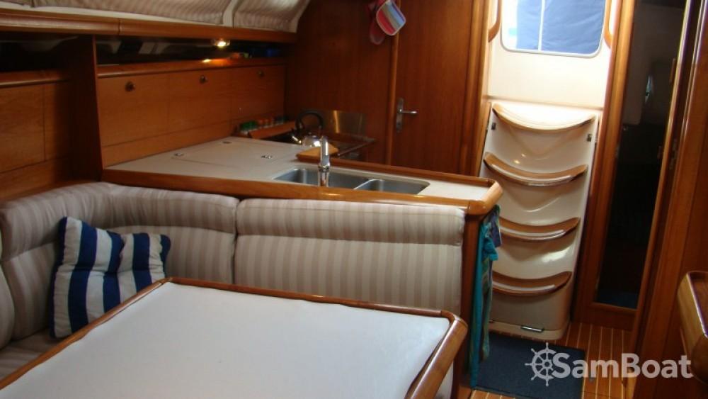 Verhuur Zeilboot in Bonifacio - Jeanneau Sun Odyssey 37
