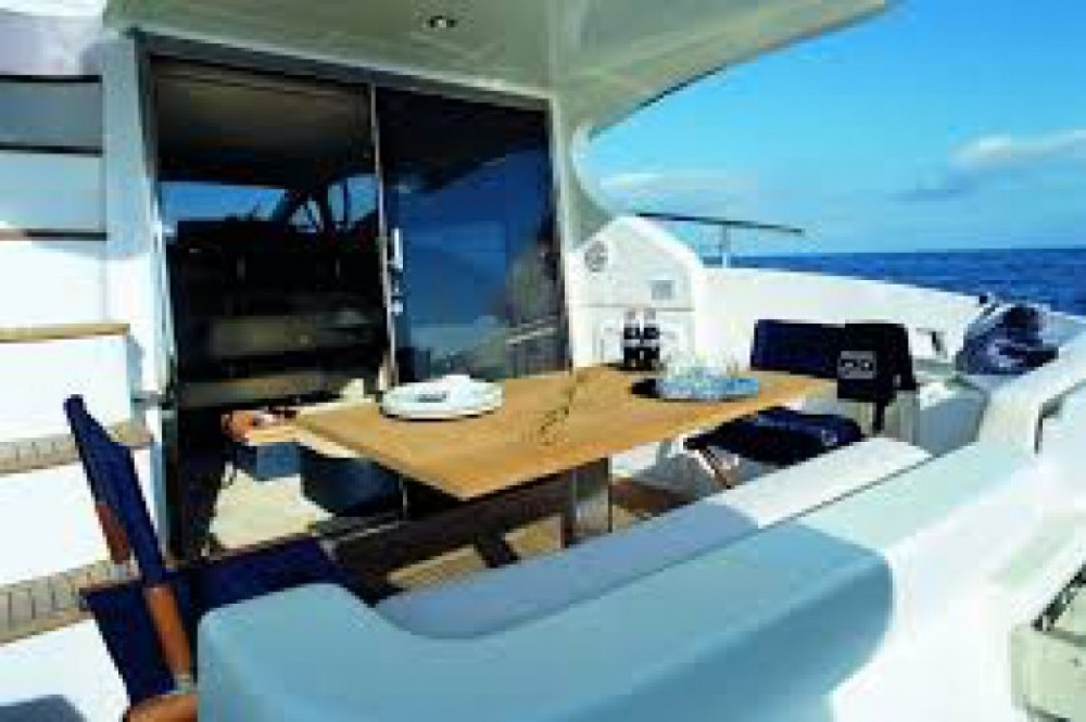 Verhuur Motorboot in Cannes - Azimut Azimut 43 Fly