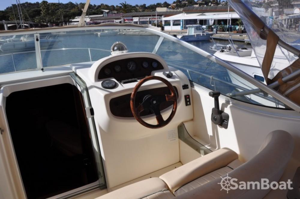 Verhuur Motorboot in Cavalaire-sur-Mer - Jeanneau Leader 805