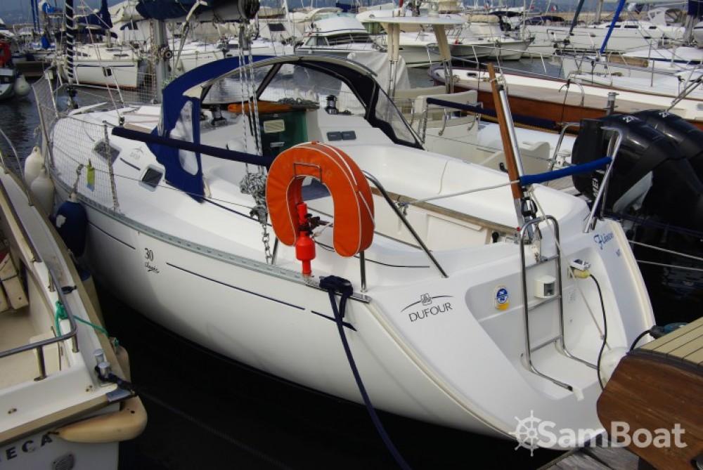 Jachthuur in  - Dufour Dufour 30 Classic via SamBoat