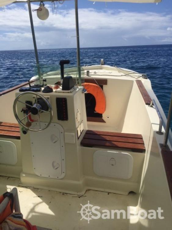 Huur Motorboot met of zonder schipper Cna in Bouillante