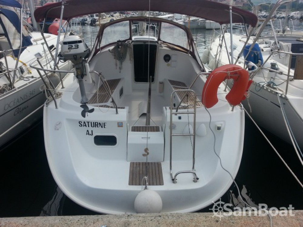 Bénéteau Oceanis 311 te huur van particulier of professional in Sari-Solenzara