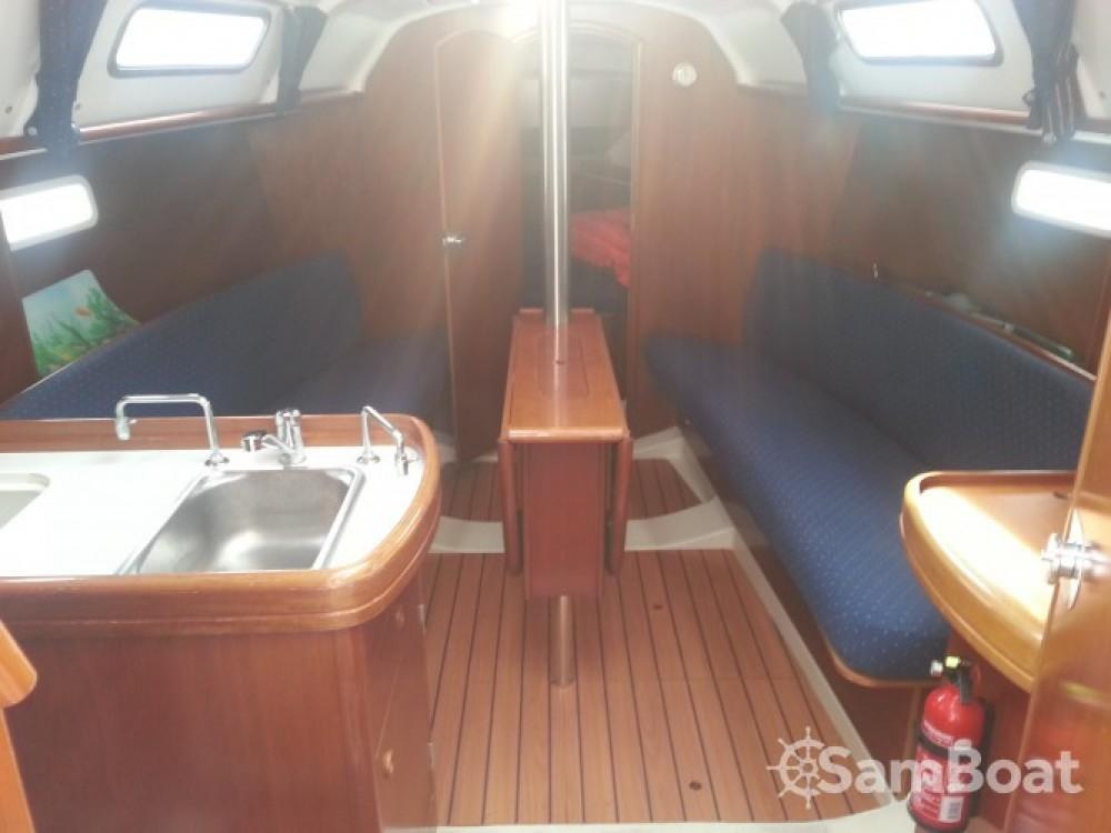 Bootverhuur Sari-Solenzara goedkoop Oceanis 311