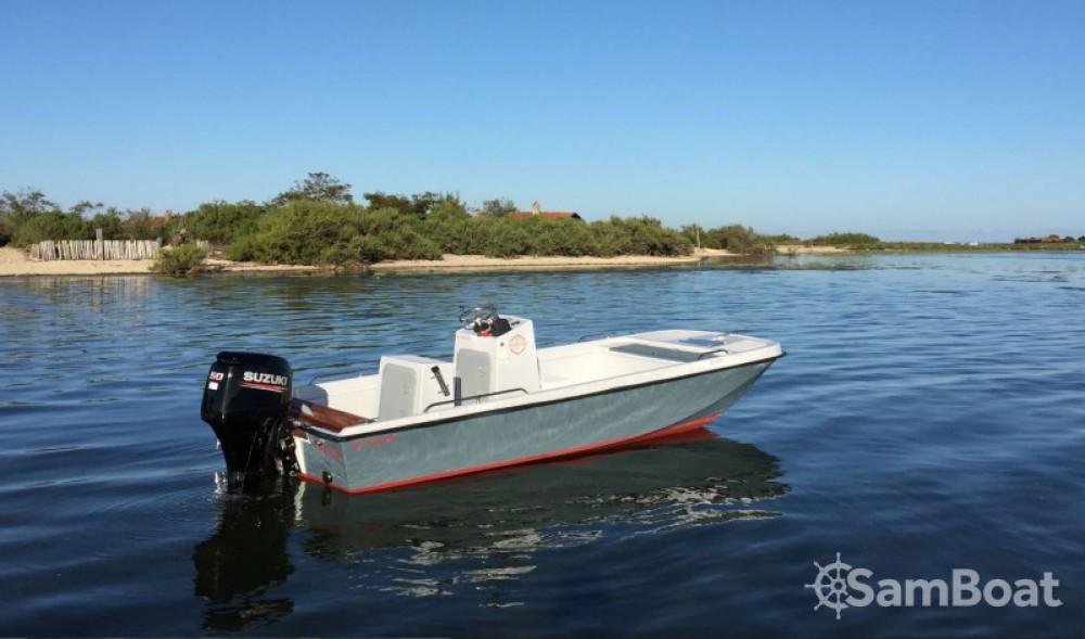 Motorboot te huur in  voor de beste prijs