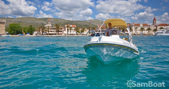 Verhuur Rubberboot in Split - Inmark-Marine Aquamax B20F