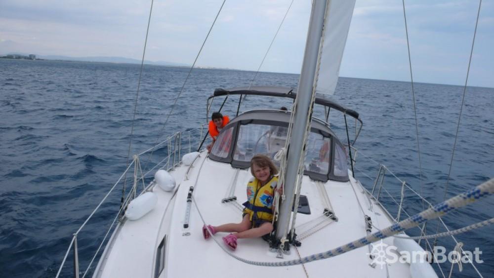 Jachthuur in Saint-Cyprien - Bavaria Cruiser 32 via SamBoat