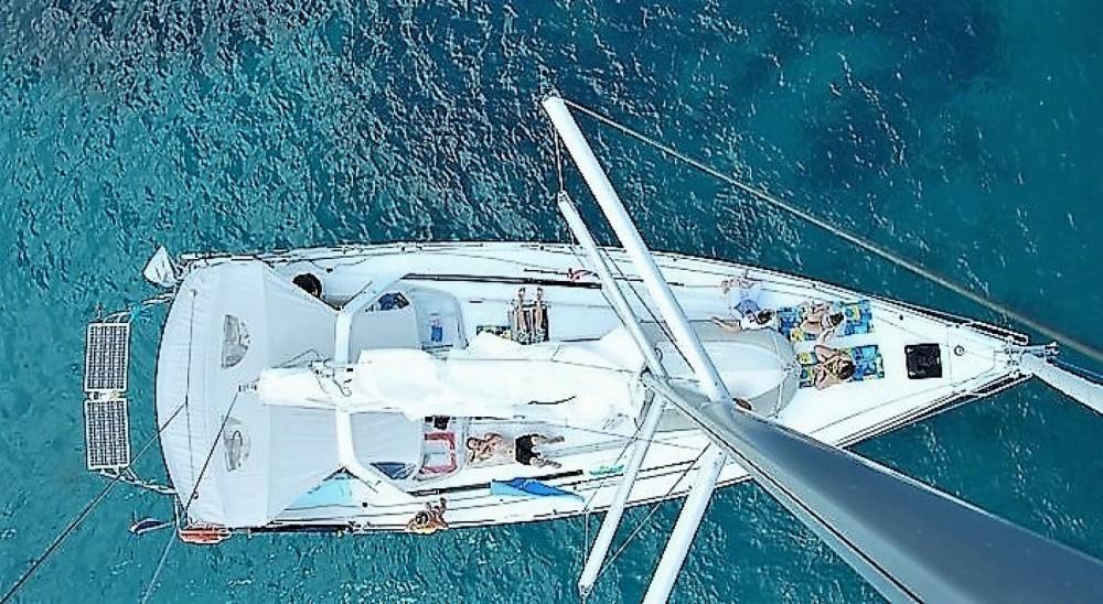 Bootverhuur Vallauris goedkoop Oceanis 45