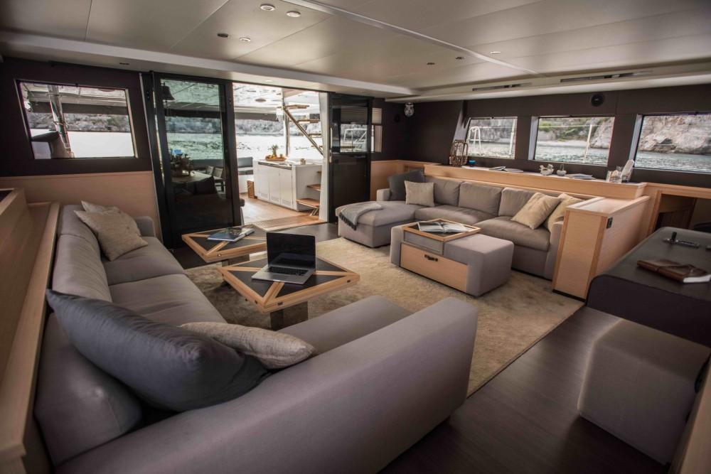 Jachthuur in Salerno - Lagoon Lagoon 620 via SamBoat