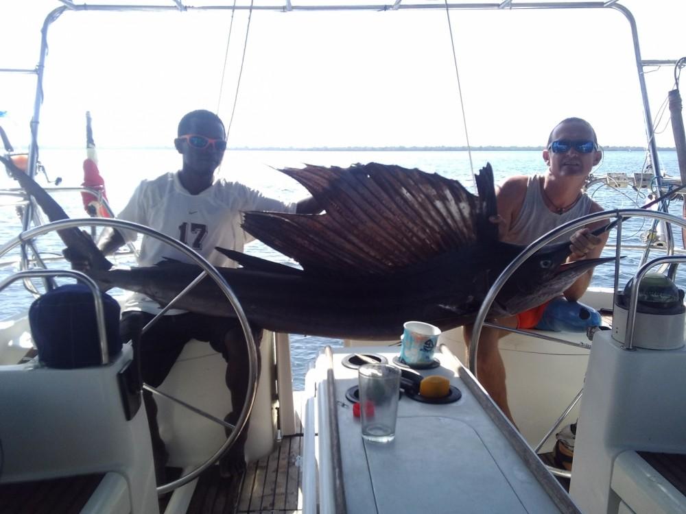 Huur een Jeanneau Sun Odyssey 45.1 in Mahatalaky