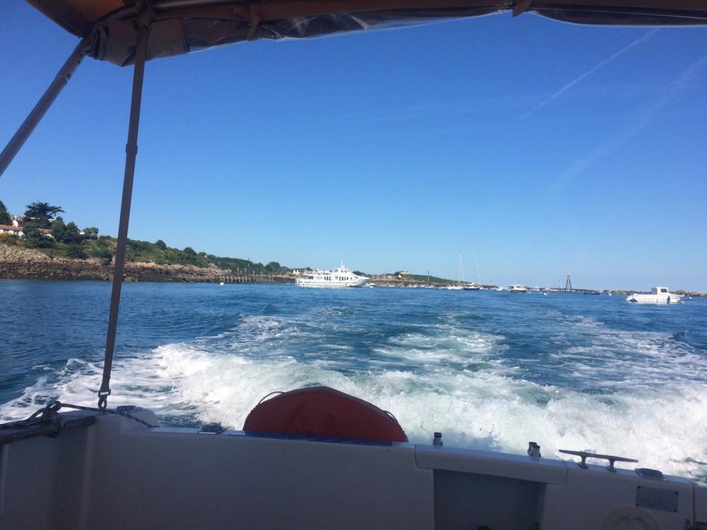 Verhuur Motorboot in Granville - Jeanneau Merry Fisher 695