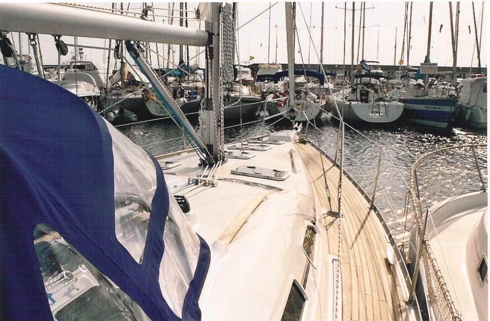 Huur Zeilboot met of zonder schipper Bénéteau in Badalona