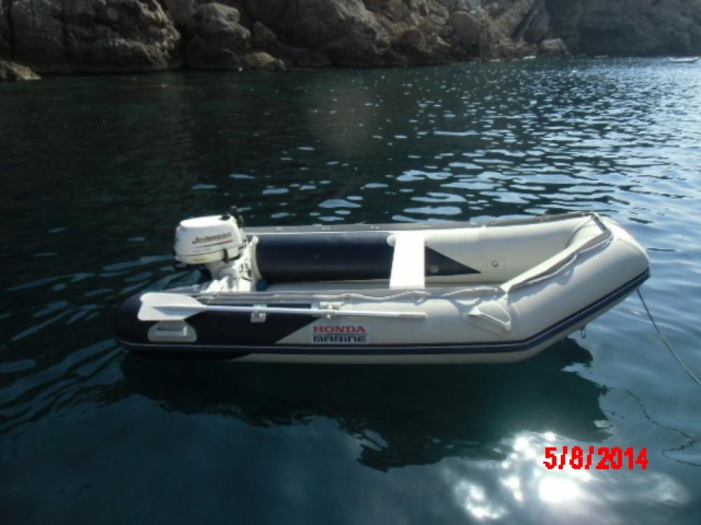 Zeilboot te huur in Badalona voor de beste prijs