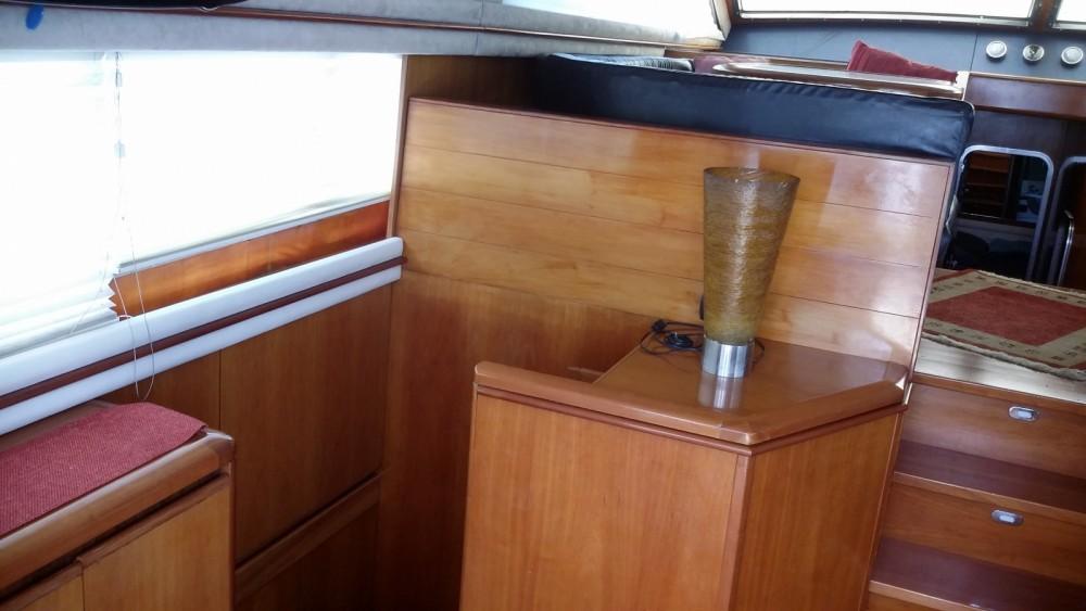Verhuur Motorboot Alpa 52 met vaarbewijs