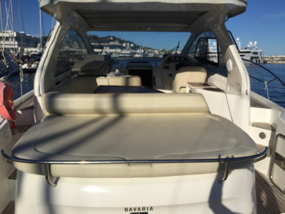 Verhuur Motorboot in Cannes - Bavaria Bavaria 38 Hard Top