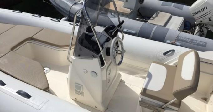 Rubberboot te huur in Saint-Georges-de-Didonne voor de beste prijs