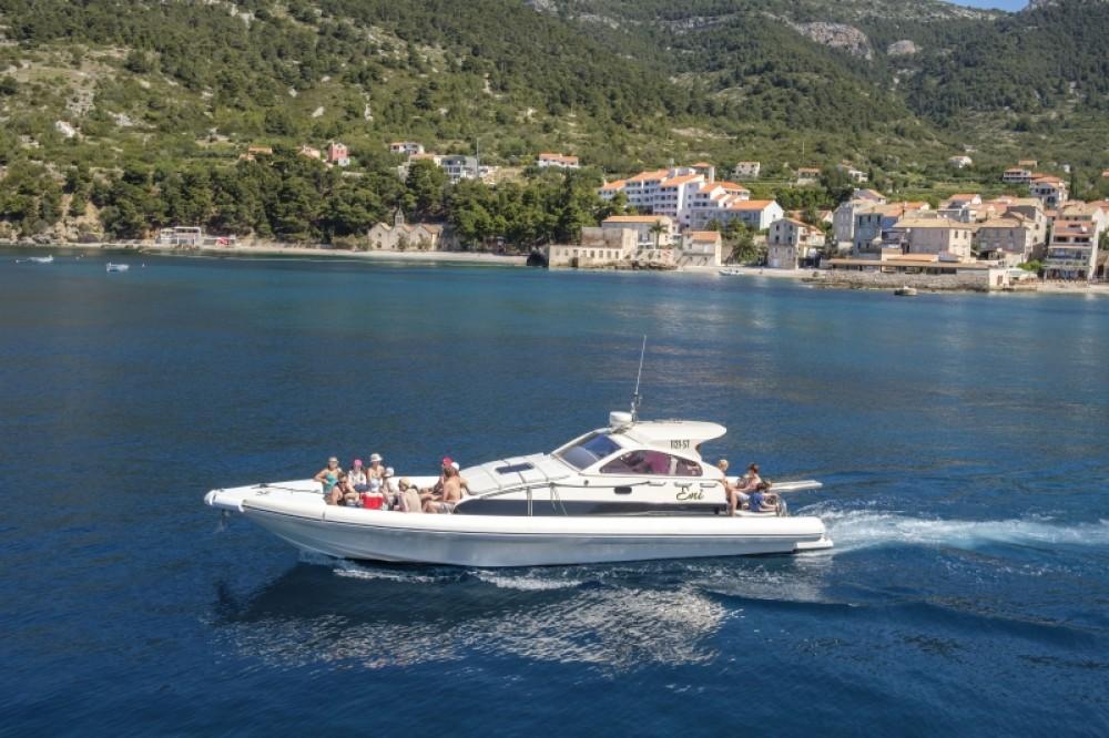 Bootverhuur Lomac Airone40 in Split via SamBoat