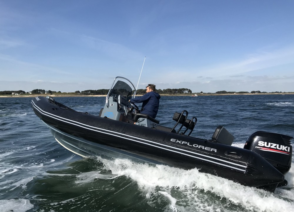 Bootverhuur La Trinité-sur-Mer goedkoop Explorer 690