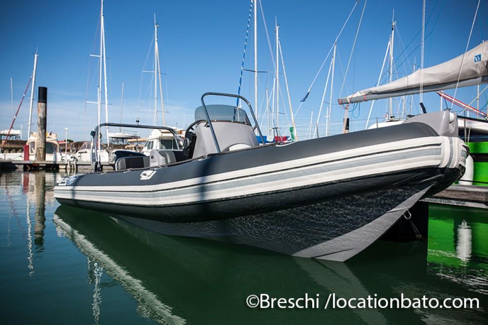 Verhuur Rubberboot Falcon met vaarbewijs