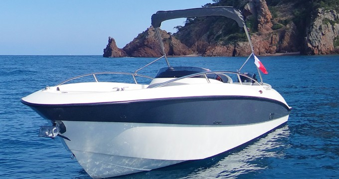 Verhuur Motorboot Clear met vaarbewijs