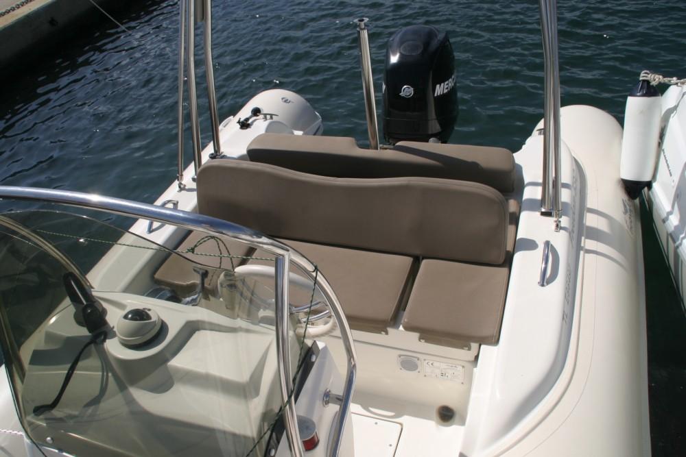 Bootverhuur Nuova Jolly 590 freedom in Hyères via SamBoat