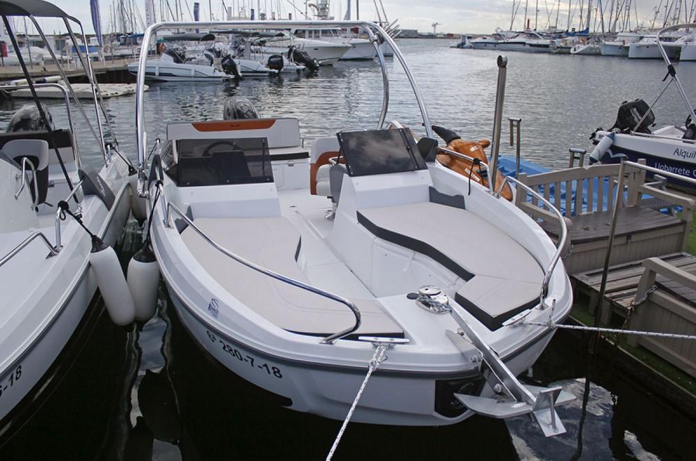 Huur Motorboot met of zonder schipper Bénéteau in l'Estartit