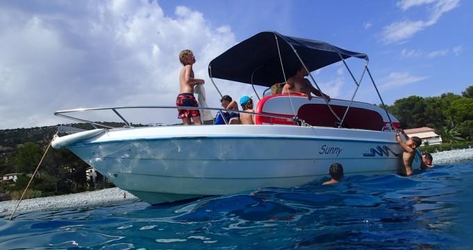 Verhuur Motorboot Conero met vaarbewijs