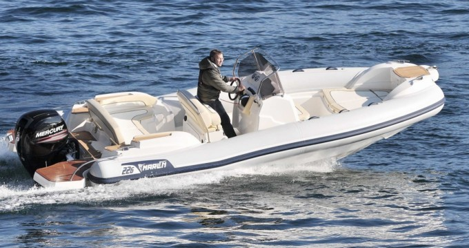 Bootverhuur Marlin Boat Marlin Boat 226 FB in Porto-Vecchio via SamBoat