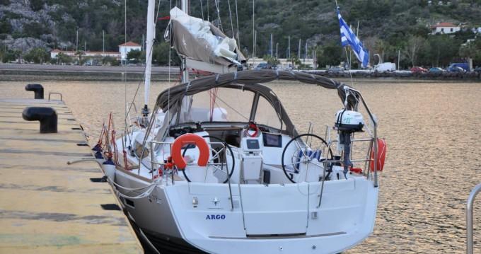 Bootverhuur Jeanneau Sun Odyssey 379 in Álimos via SamBoat