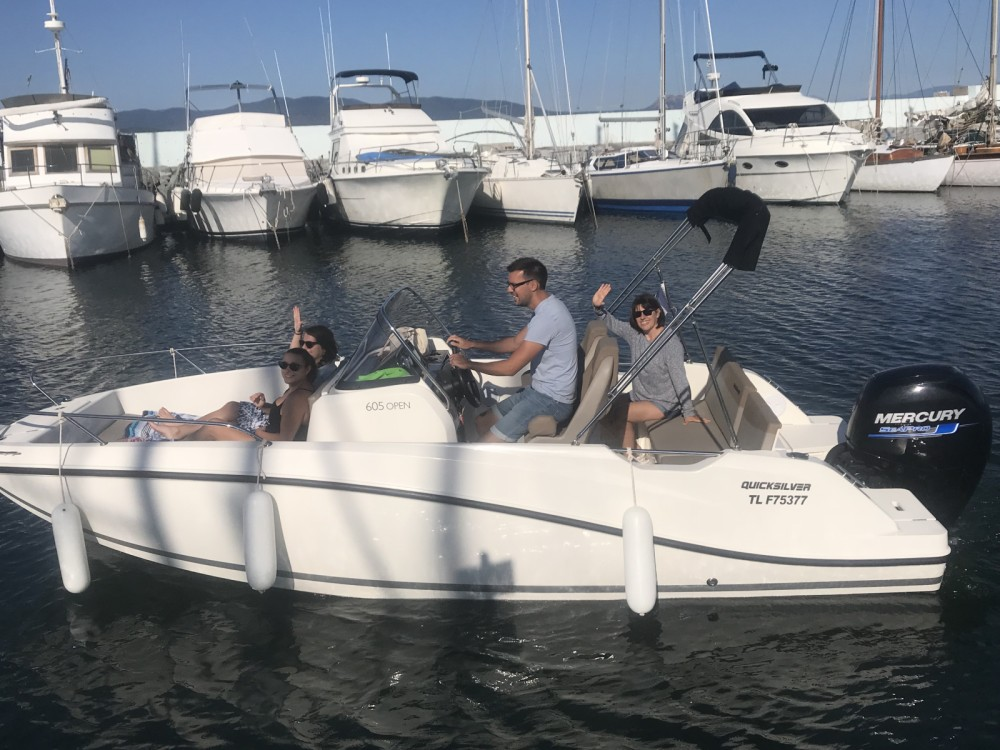 Bootverhuur Quicksilver Activ 605 Open in Fréjus via SamBoat