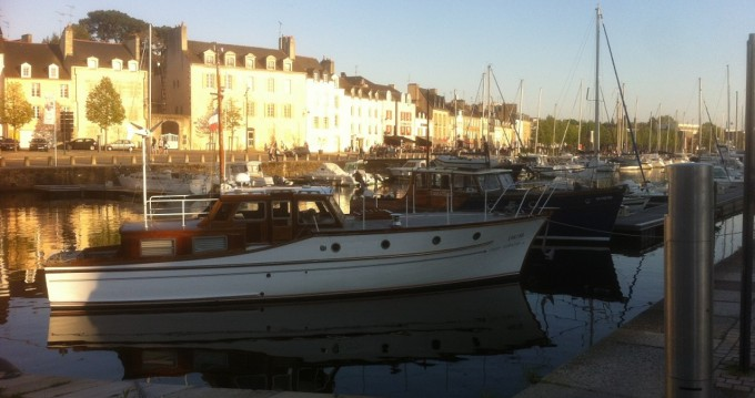Vedette anglaise Constrution bois te huur van particulier of professional in Vannes