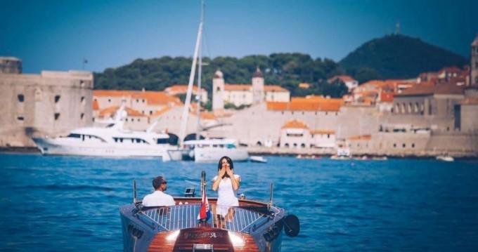 Gospar 27ft te huur van particulier of professional in Dubrovnik