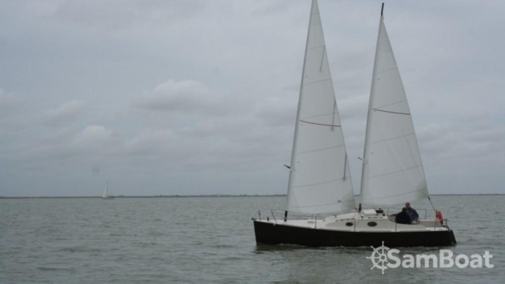 Jachthuur in  - Chantier-Mer one off via SamBoat