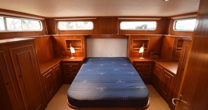Motorboot te huur in Les Roches-de-Condrieu voor de beste prijs