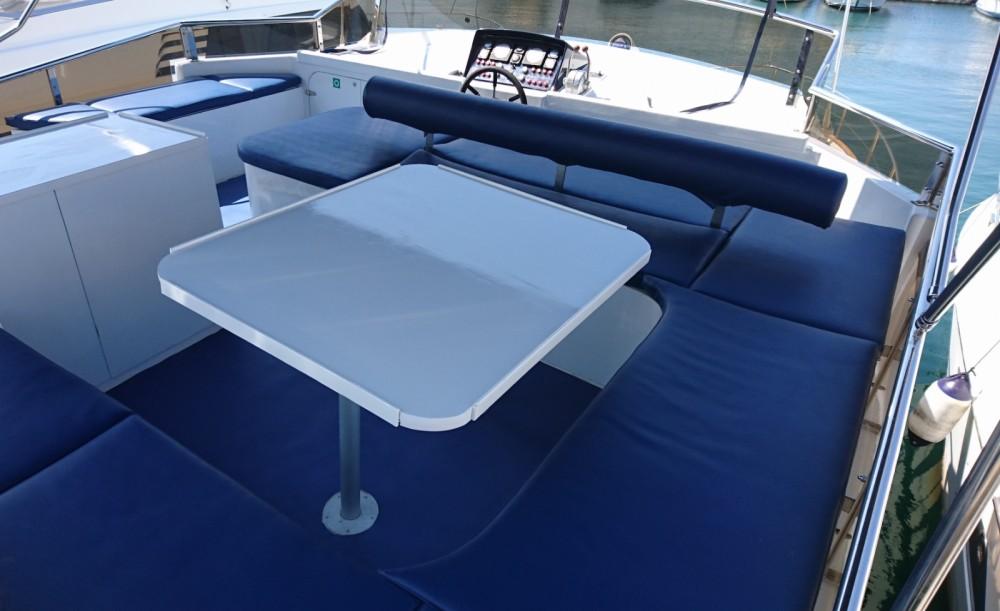 Verhuur Motorboot BRUCE ROBERTS met vaarbewijs