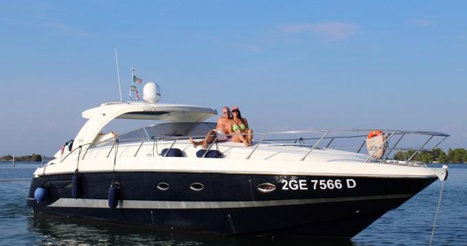 Motorboot te huur in Monfalcone voor de beste prijs