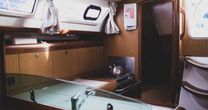 Bootverhuur Jeanneau Sun Odyssey 36i in Le Marin via SamBoat
