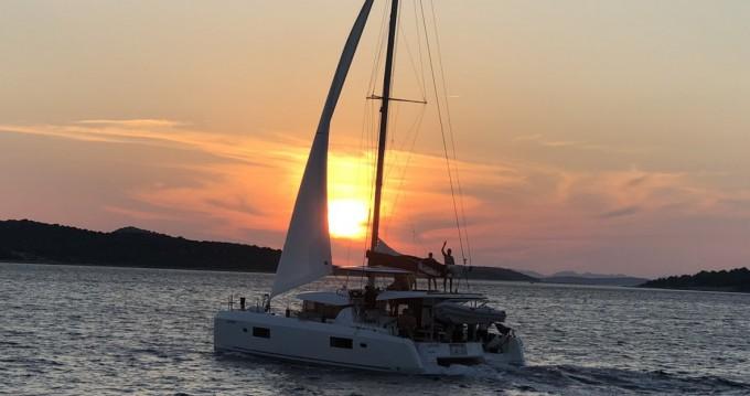 Verhuur Catamaran in Šibenik - Lagoon Lagoon 42
