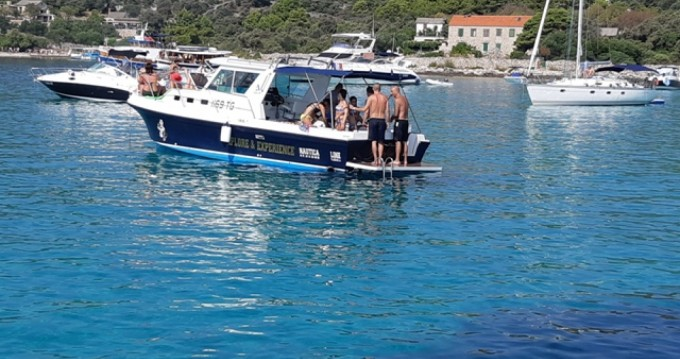 Bootverhuur Albin Albin 28 Tournament Express in Trogir via SamBoat