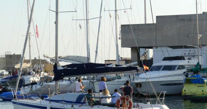 Huur Zeilboot met of zonder schipper Jeanneau in Barcelona