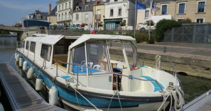 Jeanneau Marina 1400 te huur van particulier of professional in Sablé-sur-Sarthe